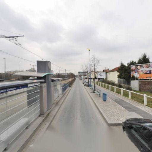 Parking Centre Nautique Jacques Brel - Parking - Bobigny