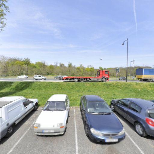 Parking François René de Chateaubriand - Parking - Melun