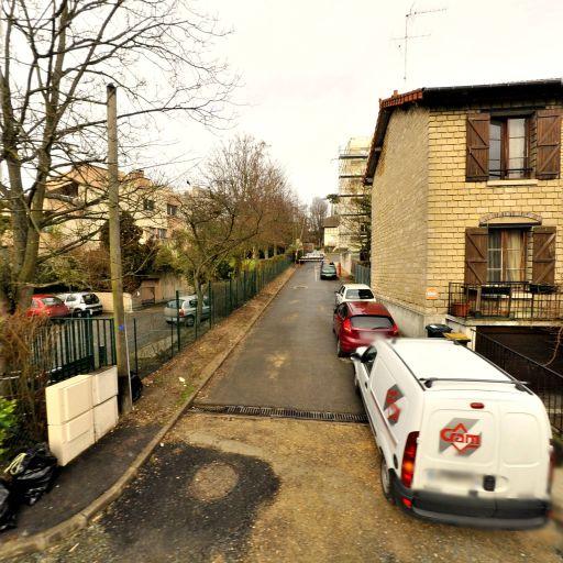 Manach Erell - Brocante - Saint-Germain-en-Laye