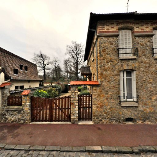 Bluett Odolant Jennifer - Conseil en communication d'entreprises - Saint-Germain-en-Laye