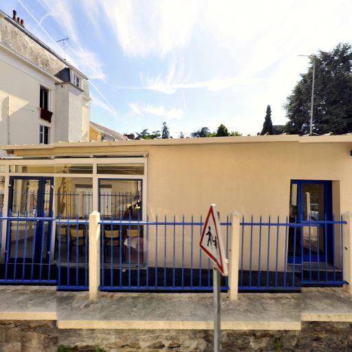 Un Chateau Dans La Brume - Production et réalisation audiovisuelle - Nantes