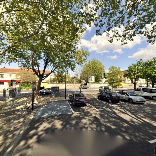 Station vélos Rotondes - Vélos en libre-service - Avignon