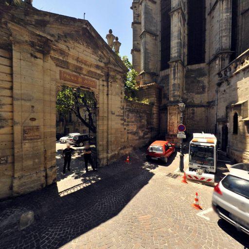 Palais épiscopal - Attraction touristique - Béziers