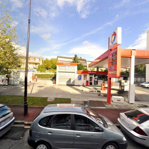 Total - Station-service - Rueil-Malmaison