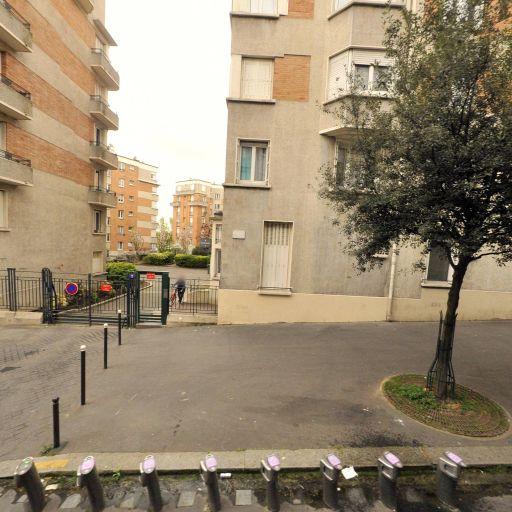 Station Vélib' Ambroise Rendu - Porte Brunet - Vélos en libre-service - Paris