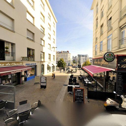 Chez Les Filles - Café bar - Nantes