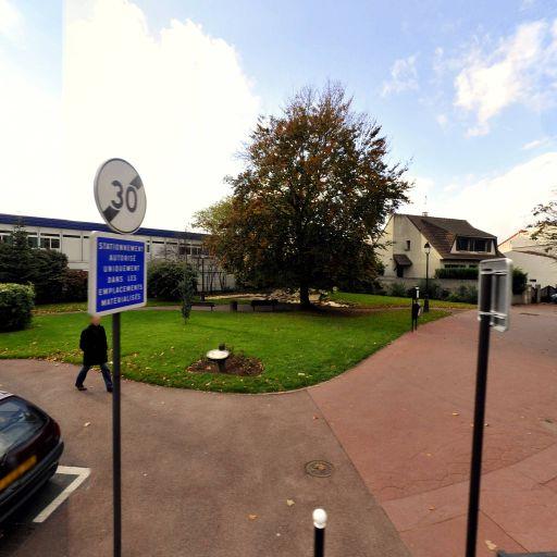 Mairie - Centre de vacances pour enfants - Saint-Maur-des-Fossés