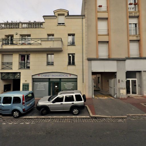 Coline Persuy - Pédicure-podologue - Saint-Maur-des-Fossés