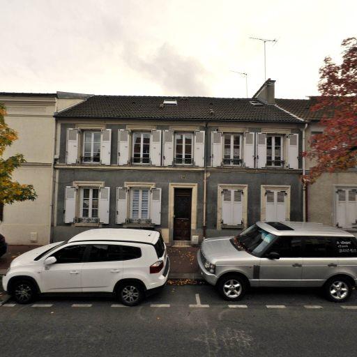 Atelier Cornevin Guy Decorateur Laqueur - Ébénisterie d'art et restauration de meubles - Saint-Maur-des-Fossés