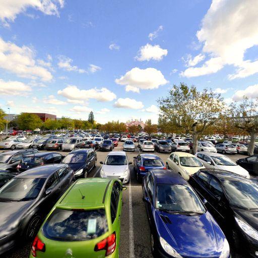 Parking Champ de Foire - Parking - Bourg-en-Bresse