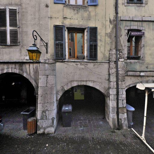 Escale Beauté - Coiffeur à domicile - Annecy