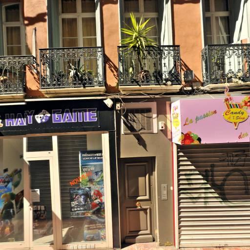 Pixou Phone France - Ébénisterie d'art et restauration de meubles - Perpignan