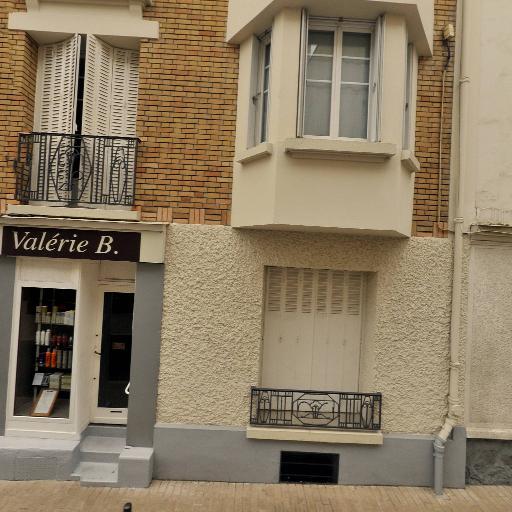 Chambre Propr Unpi U N P I - Union Nationale de la Propriété Immobilière - Association culturelle - Vincennes