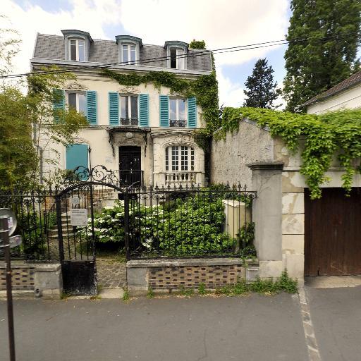 Doris Lessing - Garderie et haltes-garderie - Montreuil