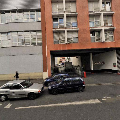 Parking Décathlon - Parking - Montreuil