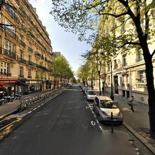 Bluege Beaute - Manucure - Paris