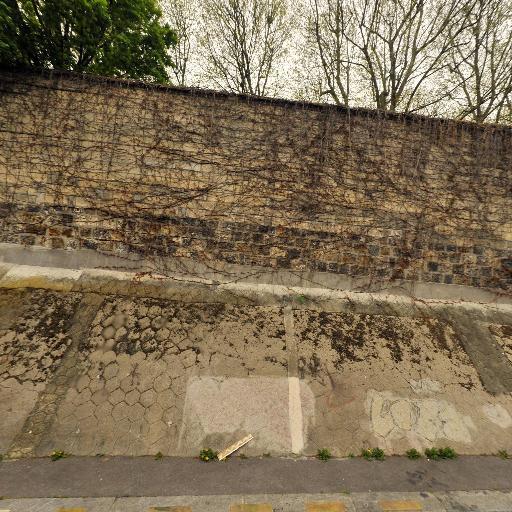Tombe De Gertrude Stein - Attraction touristique - Paris