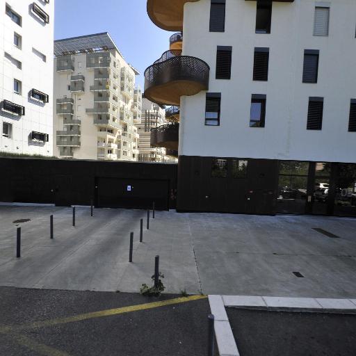 Benmaza Noreddine - Coursiers - Grenoble