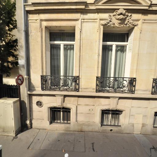 Hotel Le Jardin De Neuilly - Hôtel - Neuilly-sur-Seine