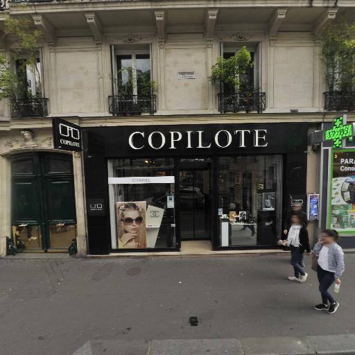Pharmacie Cadet-Lafayette - Pharmacie - Paris