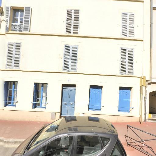 Dailly Léo - Conseil en communication d'entreprises - Saint-Germain-en-Laye