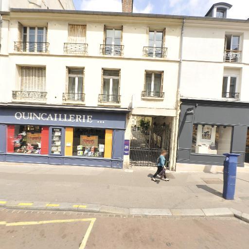 Acanthe - Vêtements femme - Versailles