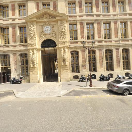 Grand Commun - Attraction touristique - Versailles