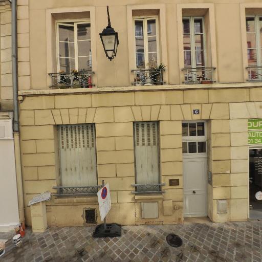 Poncet Hélène - Enseignement pour les professions artistiques - Saint-Germain-en-Laye
