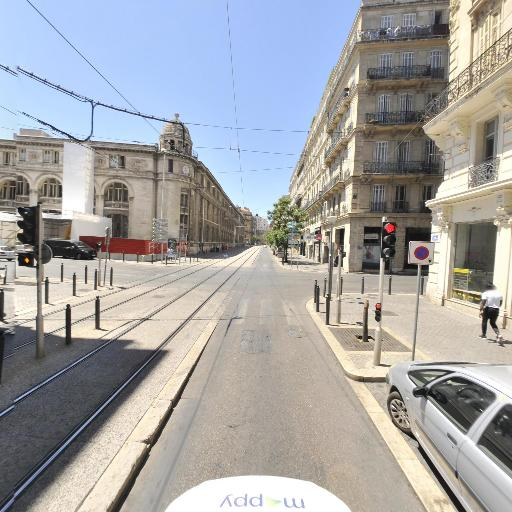 Amandine Gillardet - Infirmier - Marseille