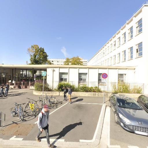 Université Claude Bernard - Lyon 1 IUT Lyon 1 Site de Villeurbanne Gratte-Ciel - Restaurant d'entreprises et collectivités - Villeurbanne