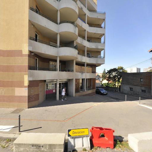 CCAS Centre Communal d'Action Sociale - Maison de retraite médicalisée - Villeurbanne