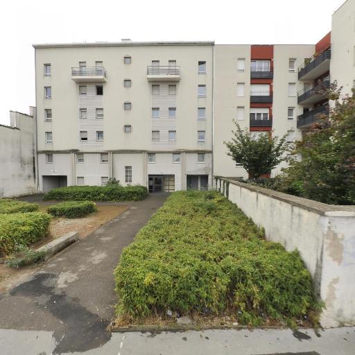 Dom City Services - Ménage et repassage à domicile - Villeurbanne