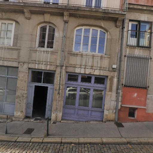 Oriane Leclerc - Psychothérapie - pratiques hors du cadre réglementé - Lyon
