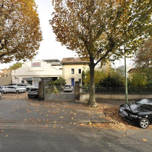 Avis Location De Voitures - Location d'automobiles de tourisme et d'utilitaires - Annecy