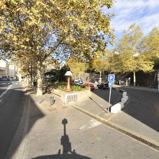 Parking Place Père François Varillon - Parking - Lyon