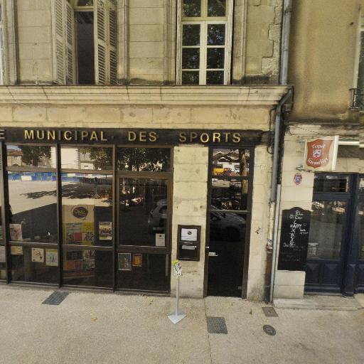 Assoc Poitevine Escalade Montagne - Club de sports d'hiver et de montagne - Poitiers