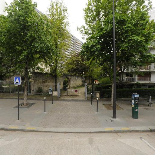 Square d'Alleray-Labrouste-Saint-Amand - Parc et zone de jeu - Paris