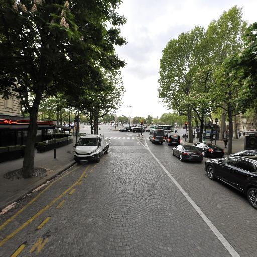 Alma George V - Parking - Paris