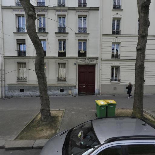 Jeanne Boué - Soins hors d'un cadre réglementé - Paris