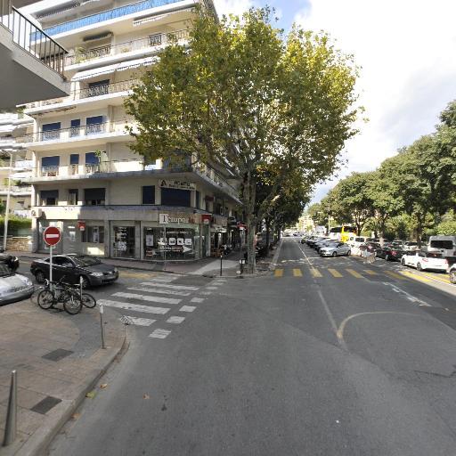 Pharmacie Parfumerie Du Lycée - Parfumerie - Cannes