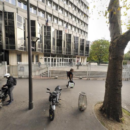 Université Paris Diderot UFR de Médecine Site Villemin - Grande école, université - Paris