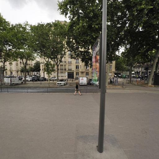 Office Notarial Du Champ De Mars - Notaire - Paris